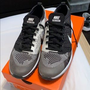 655ca7b6a49 Men s Nike Flyknit Racer G Golf Shoes